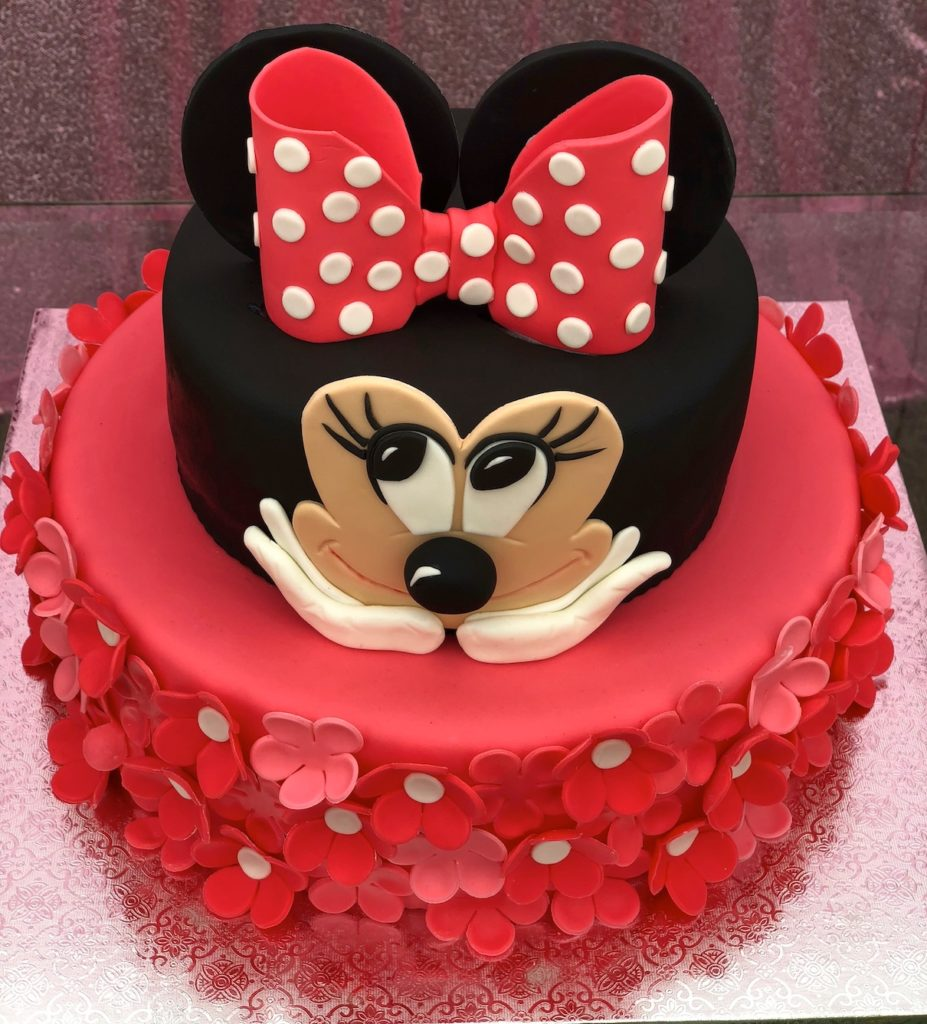 Minnie Mouse Birthday Cake Idea For 1 Year Old Girl